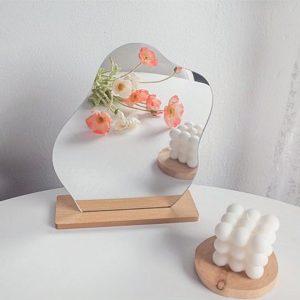 Gương trang điểm đế gỗ phong cách Hàn Quốc