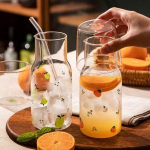 Bình nước kèm cốc, bình đựng nước ép họa tiết hoa quả tươi mát - cutam.homedecor